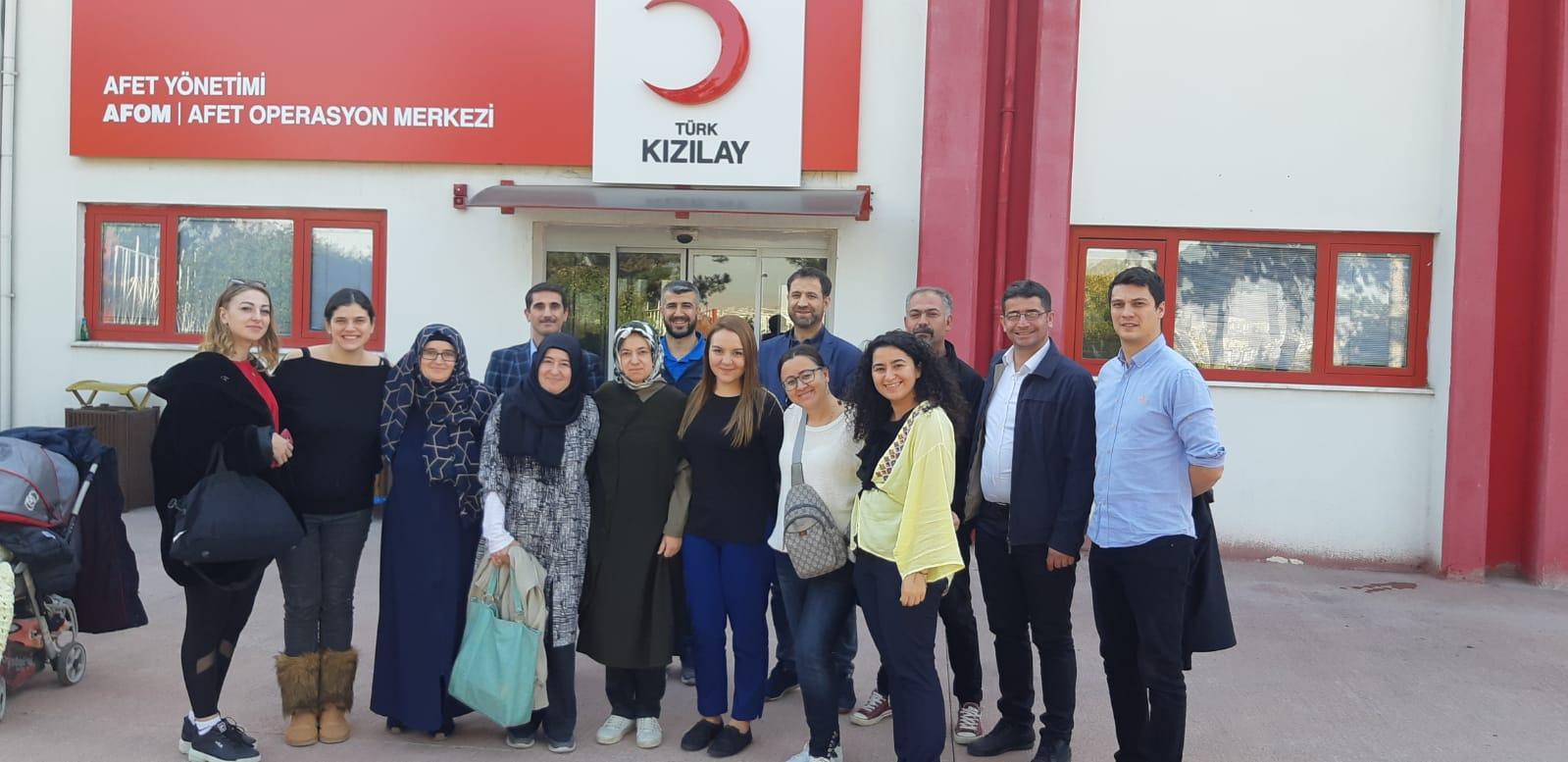 DSİF Gençlik Meclis Olarak Türk Kızılay Seminerde.